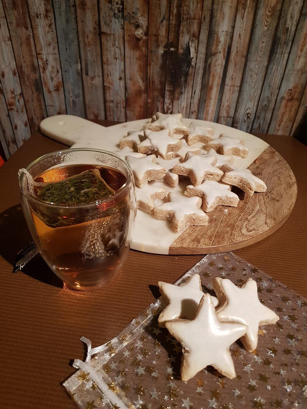 Zimtsterne, Gebäck, Weihnachten, Weihnachtszeit, Weihnachtsbäckerei, Sterne, backen, gemütlich, leckeres Gebäck, saftig, beste, Rezept,