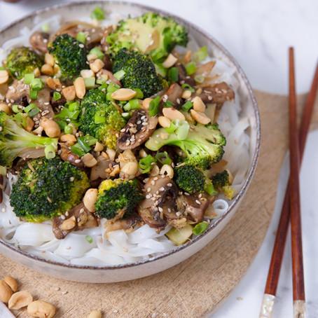 Champignon Brokkoli Pfanne mit Reisbandnudeln 🌱🌱