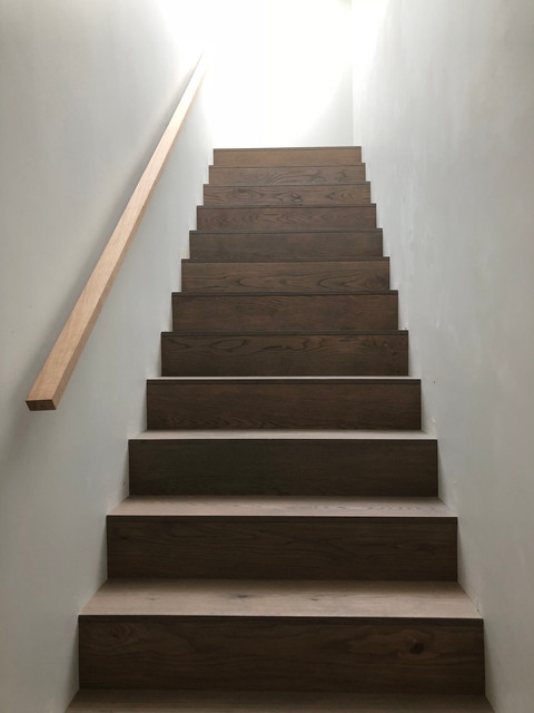 Oak staircase contemporary architecture in Surrey