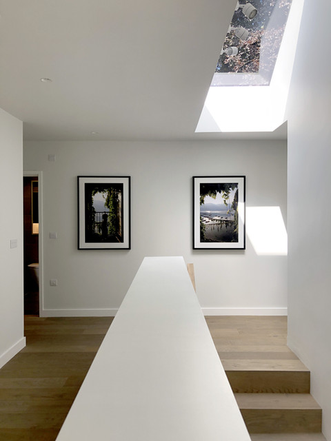 Modern architecture & frameless rooflight in Haslemere, Surrey