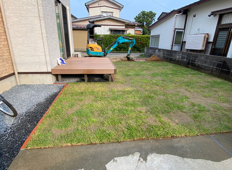 芝生張り完成