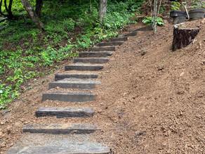 5月30日 精霊の森のガーデン枕木階段完成