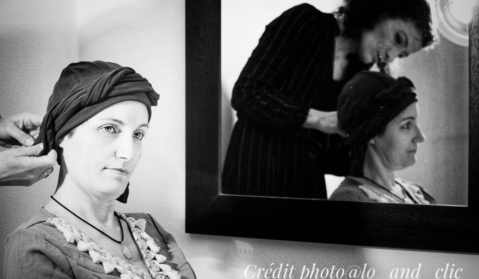 photo professionnelle avec magali justes au centre de soins holistique avec un turban