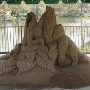 Columbus Zoo Sand Carving