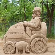 Tractor Sand Sculpture