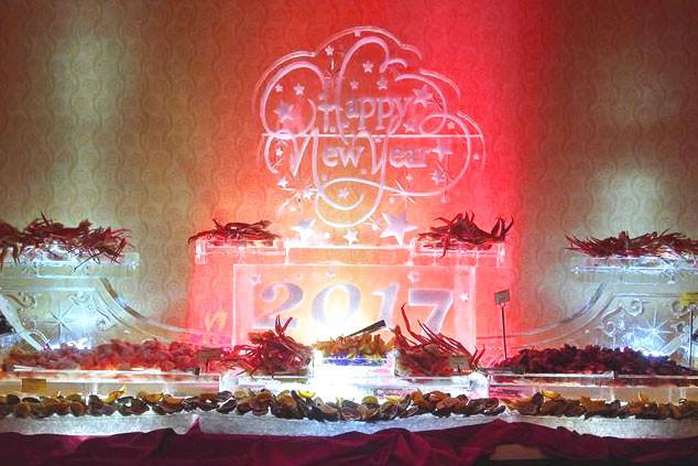Food-Ice-Display-Happy-New-Year-2017.jpg