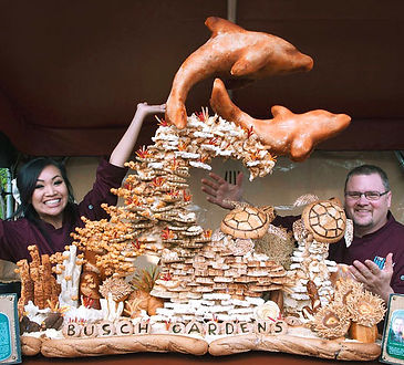 Dolphin-Bread-Sculpture-with-Vivian-and-