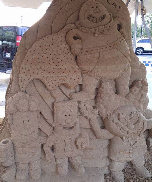 Captain Underpants Sand Carving