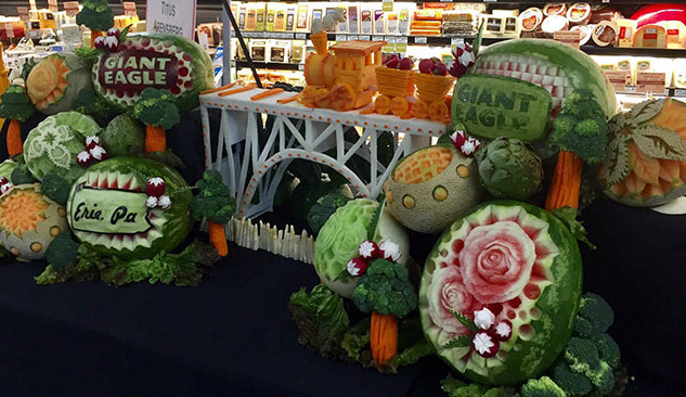 Fruit Carving Giant Eagle