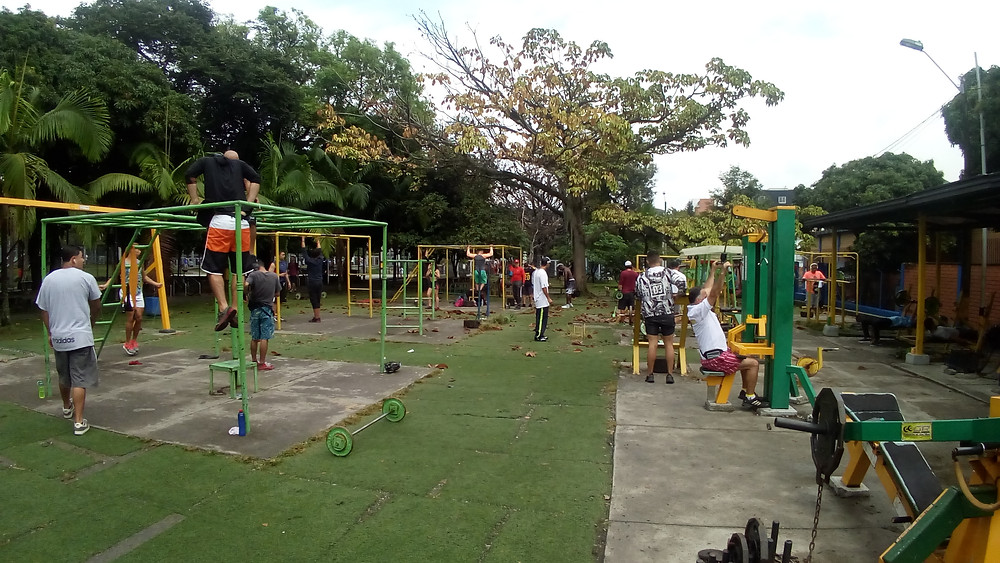 Free outdoor gym in Medellin