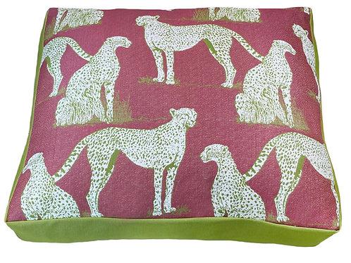 Savanna Cat Raspberry Pet Bed w/ Green