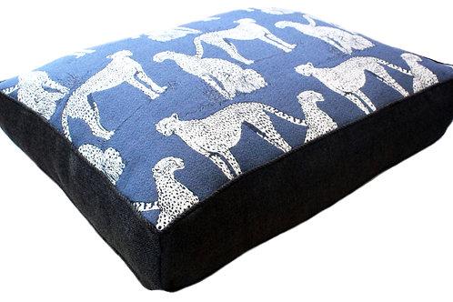 Savanna Cat Indigo Pet Bed