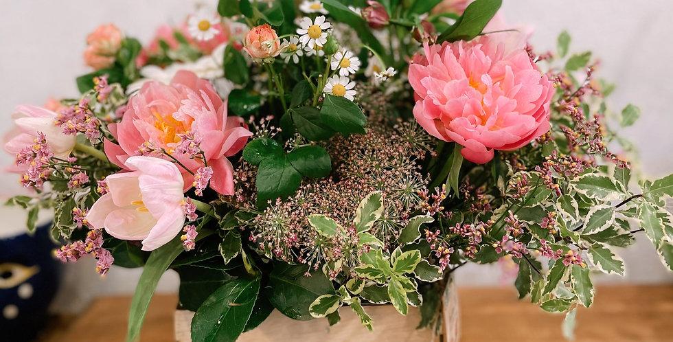 Caja mamá flor variada natural