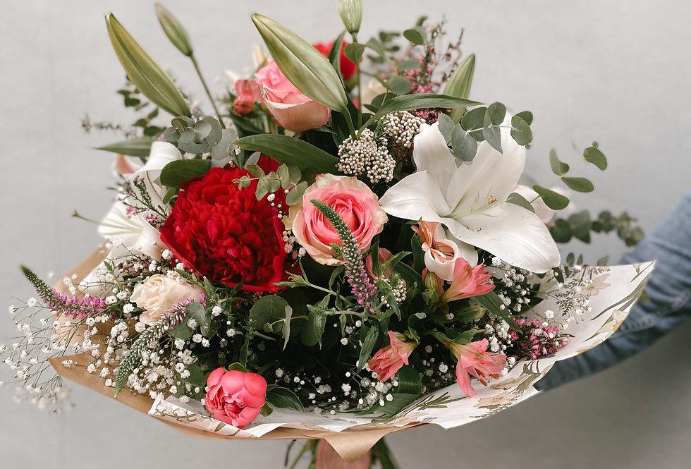 Ramo flores variadas pastel natural