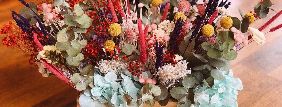 Caja con flor preservada