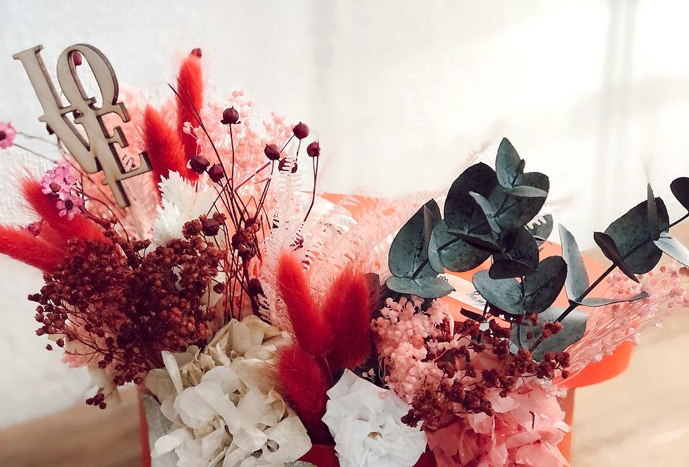 Sombrerera con tapa flores preservadas