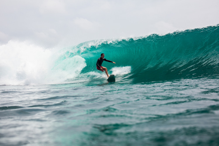 Surf Indonesia Krui Sumatra - David Edmo