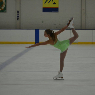 Taylor skates. In 2017 her team placed 2nd in the Nation for the Intermediate division.