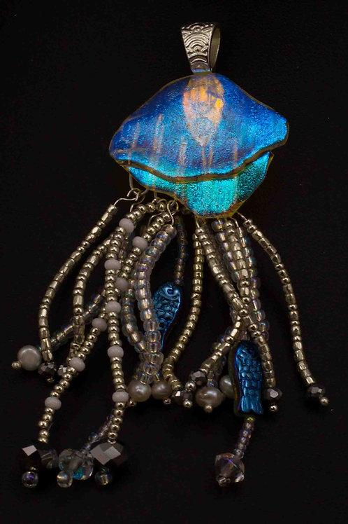man o war jellyfish 1