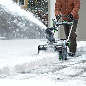 Souffleuse à neige EGO