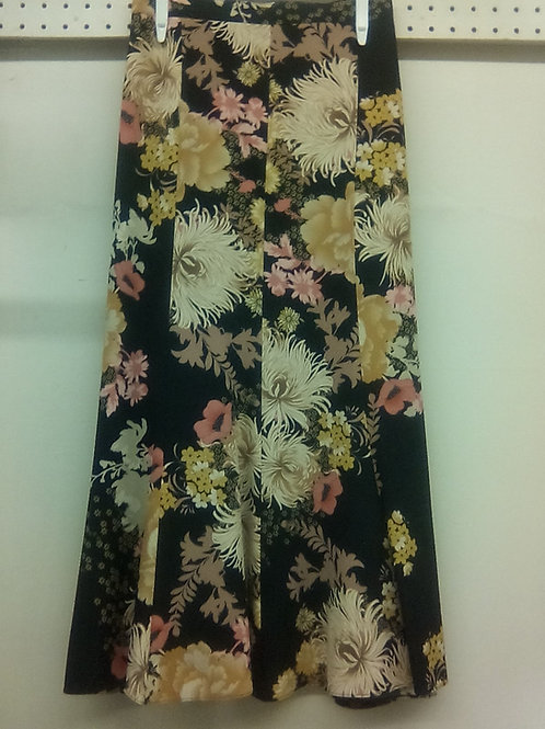 Fully Lined Printed Zippered Skirt