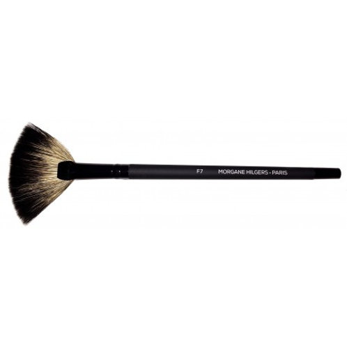 F7 Fan Brush - Young Badger Hair A