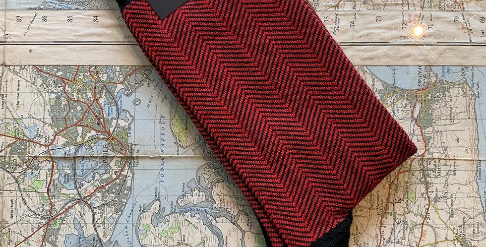 6-11 Red Herringbone Socks