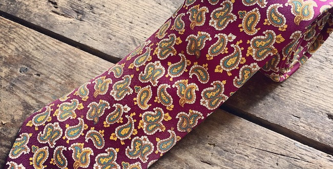 Wine Paisley Print Silk Tie