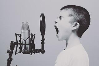 Schief Singen