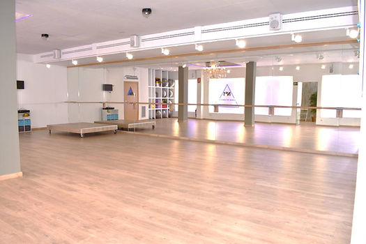 Instal.lacions Nº1 dance fit center