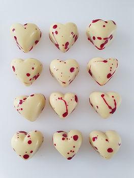 white_chocolate_raspberry_bonbon