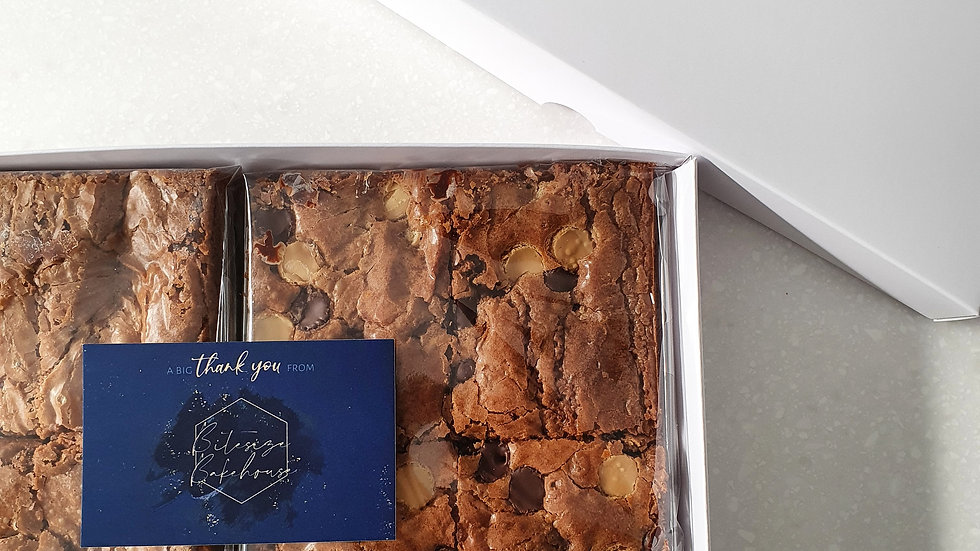 Classic Brownie Box (4 slices)