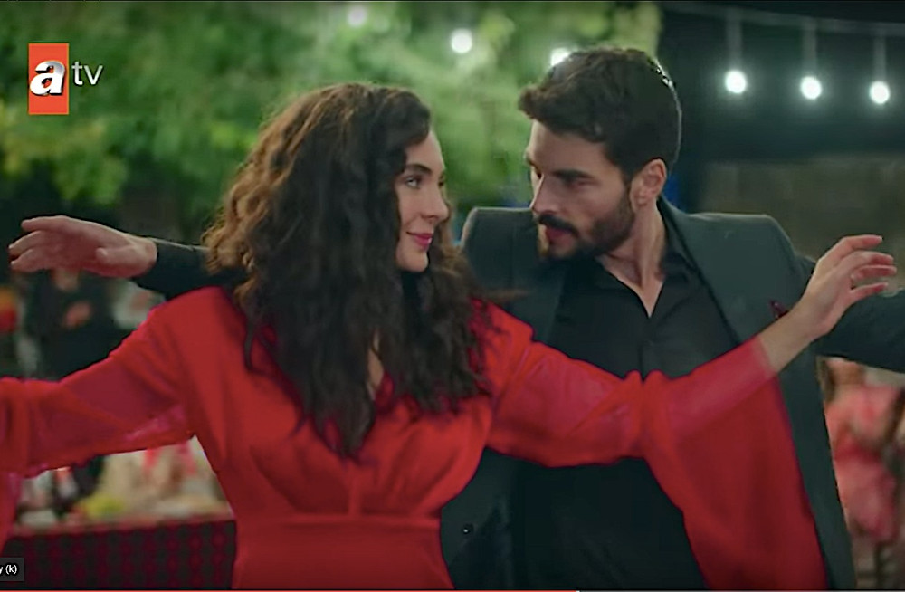 Hercai Miran Reyyan wedding dance red dress