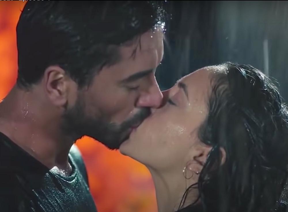 Turkish drama romantic scenes kiss  Kalp Altisi