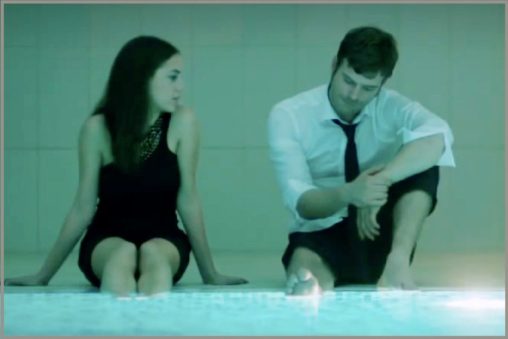 Kuzey and Cemre talk by pool
