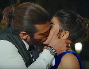 Erkenci Kus English Can and sanem kiss