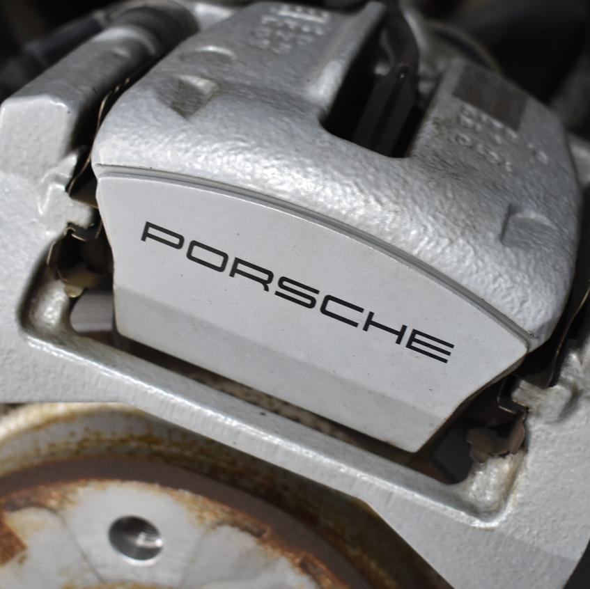 Porsche Macan Calipers