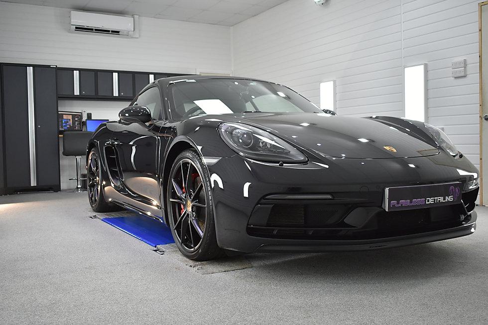 Porsche Cayma GTS - Gyeon PPF & Gyeon Co