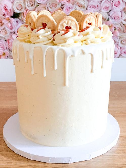Jammie Dodgers Raspberry Drip Cake 6'' 6-14portions