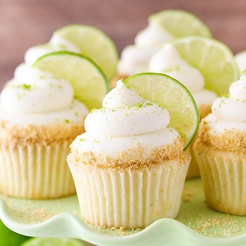 6 Vanilla and Lime Cupcakes