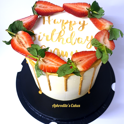 French Fraisier Strawberry Cake 6'' 6-14portions