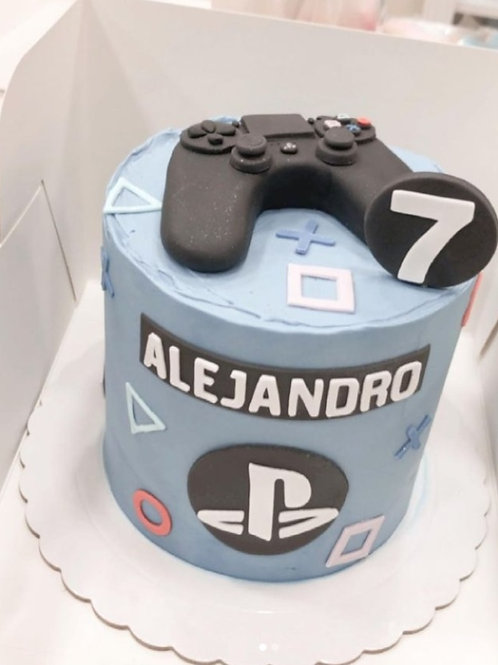 Playstation cake 6'' 8-14portions