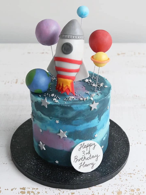 Astronaut rocket Galaxy planets space theme cake 6'' 8-14portions