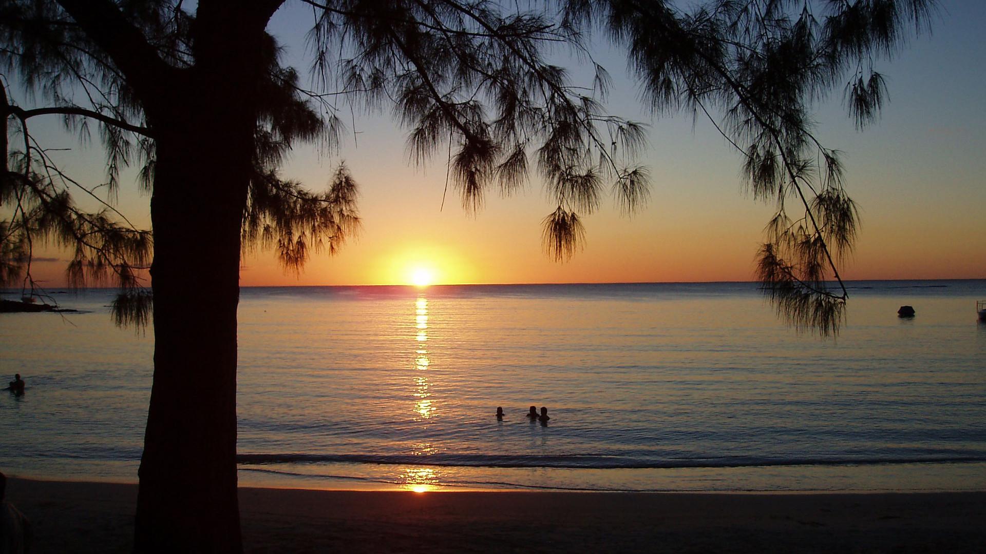 coucher de soleil a Pereybere