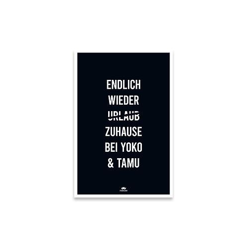 Personalisierbares Poster für Katzenbesitzer mit dem Text Endlich wieder Zuhause bei... in schwarz