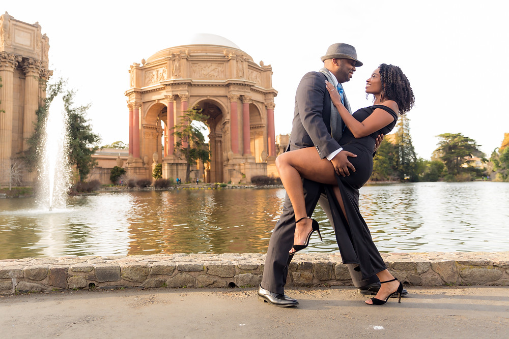 Palace of Fine Arts Engagement Session | Photography by Vee