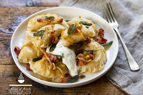 Sunday roast Pierogi Ruskin - (V) potato, cheese and onions