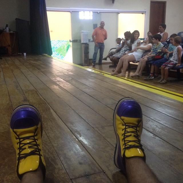 Facebook - Crispin aguardando para mais uma ministração #campanha2015 #missoesar