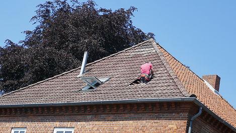 Roto Dachfenster Reparatur.jpeg