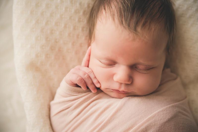 G + B due sorelline che mi sono entrate nel cuore - fotografo gravidanza e neonati Trieste